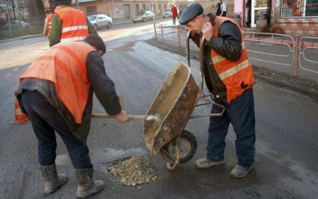 Ремонт дорог в Украине: сколько понадобится времени на восстановление