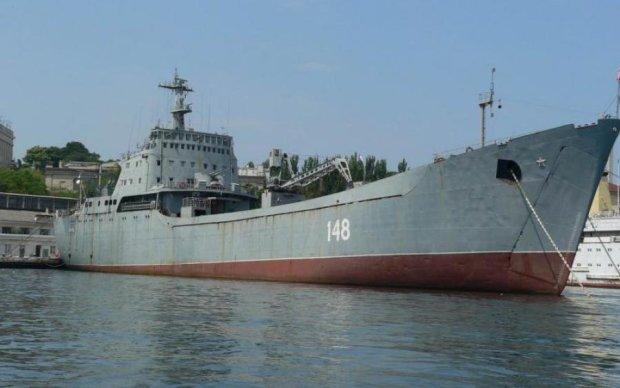 Намечается неладное: десантный корабль России плывет в Сирию
