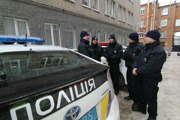 Одеські копи пограбували сліпих - ганьбу спіймала прихована камера, це кінець