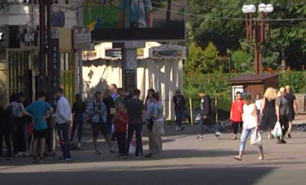 Тернополяне массово наплевали на карантин и потеряли большие деньги