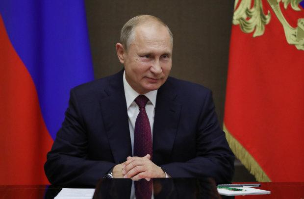 """""""Два г*ндони"""": дивний візит Путіна до аптеки закінчився дечим пікантним"""
