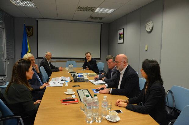 встреча представителей Украинского Совета Бизнеса с бизнес-омбудсменом Украины Марчином Свентицьким