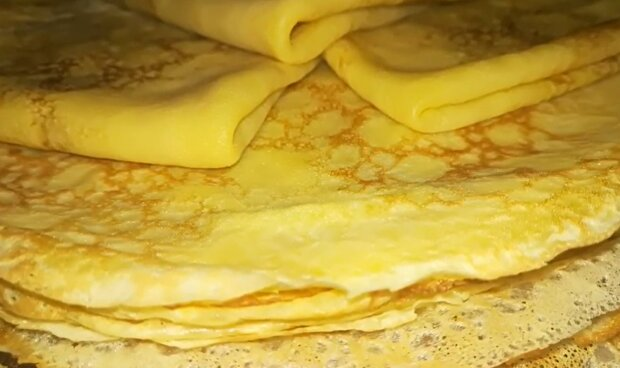 Кукурудзяні млинці, скріншот: YouTube