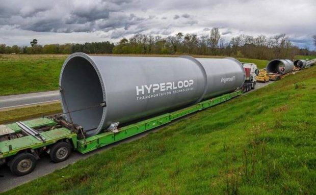 Довгоочікуваний Hyperloop: світу вперше показали головне творіння Маска