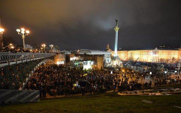 Найдите десять отличий: что изменилось в политике после бегства Януковича