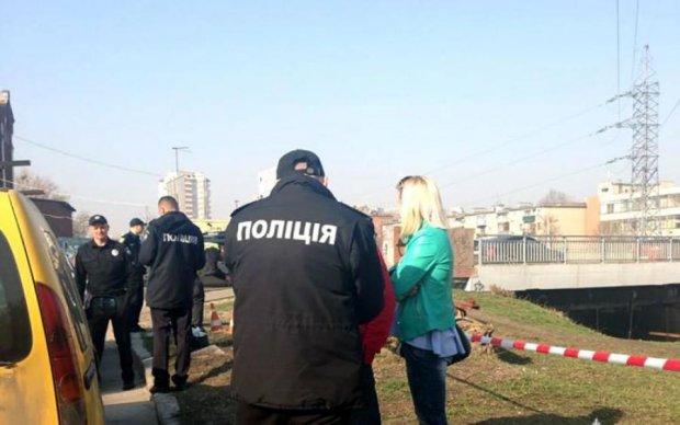Неделю искали: тело молодой украинки выбросили в овраг