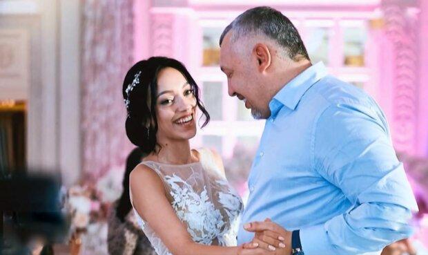 Скандальний пастор Мунтян видав доньку заміж за мільйон у центрі Києва - журналісти проникли на шикарну вечірку і прозріли