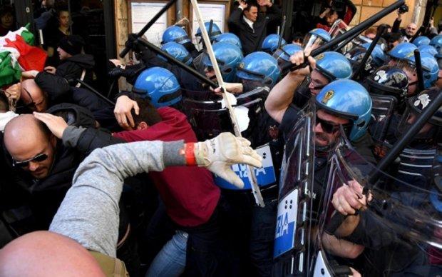 Саміт G7 ознаменувався жорсткими сутичками активістів з поліцейськими