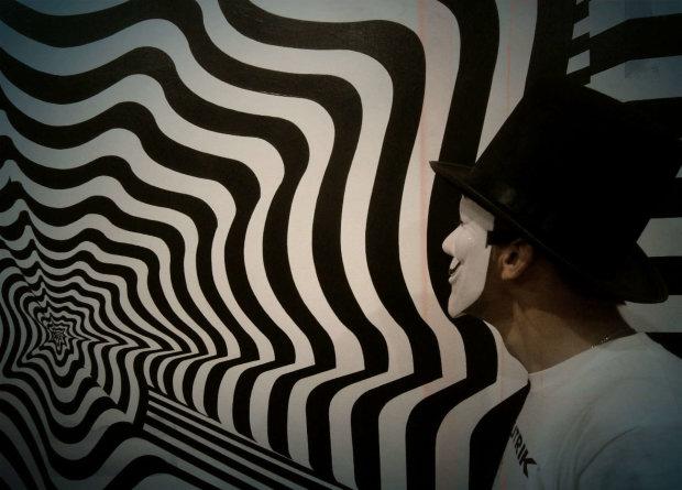 Нова оптична ілюзія зламала голову користувачам соцмереж: хтось ховається