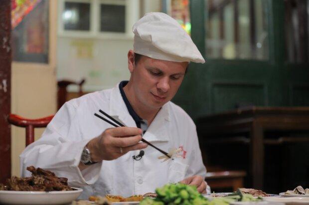 Дмитрий Комаров на китайском рынке