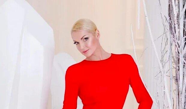 """""""Господи, Годзилла!"""": Волочкова в купальнике окончательно забыла про стыд"""