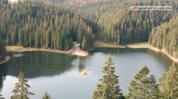 """Легендарный Синевир показали с высоты птичьего полета: """"Самое красивое озеро в мире"""""""