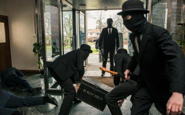 Збройний напад в Одесі: з'явилися шокуючі кадри