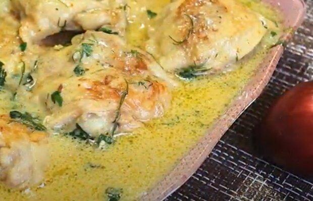 Нежная курочка в молочном соусе станет любимым блюдом всей семьи - готовим сочную к гарниру