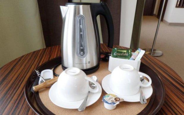 Якщо ви колись кип'ятили чай у готелі, не читайте це далі. Вас може знудити