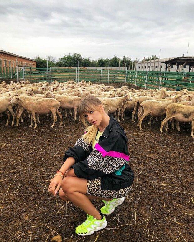 """Леся Нікітюк заявилася в Запоріжжя на маршрутці, городяни в ауті: """"Шикарні умови"""""""