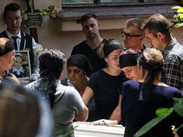 """Звіряче убивство Даші Лук'яненко з Одещини обростає дикими подробицями: """"Ховав тіло у холодильнику"""""""