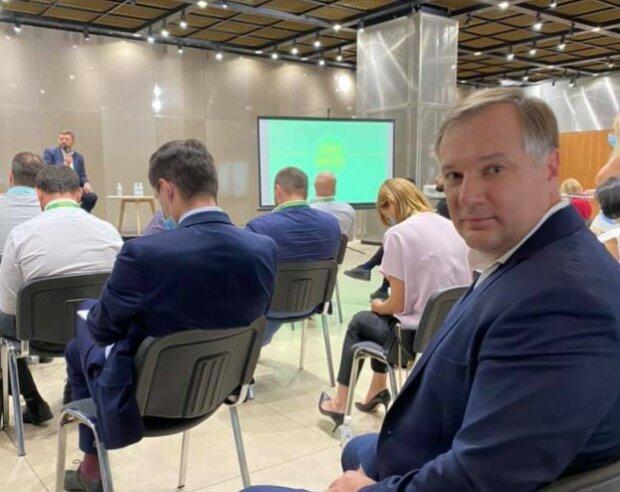 Кандидат на посаду міського голови Чернівців Віталій Другановський, фото з Фейсбук