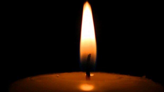 Траурная свеча, скриншот видео