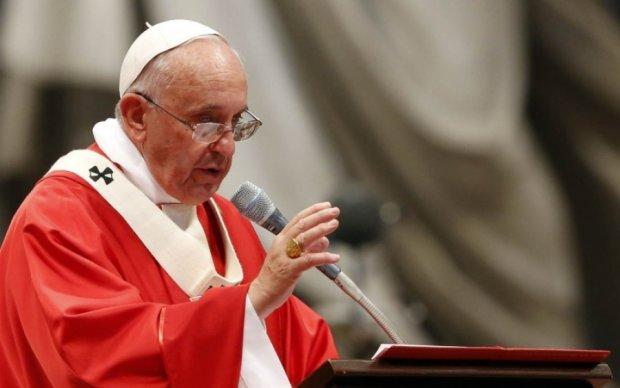 """Папа Франциск закликав зупинити """"фрагментарну світову війну"""""""