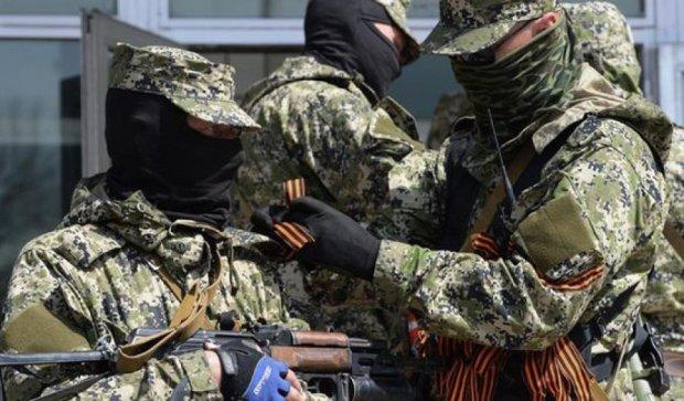 Террористы устроили разборки в жилом квартале Донецка
