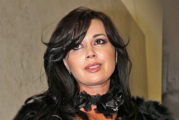 Анастасия Заворотнюк, Hyzer