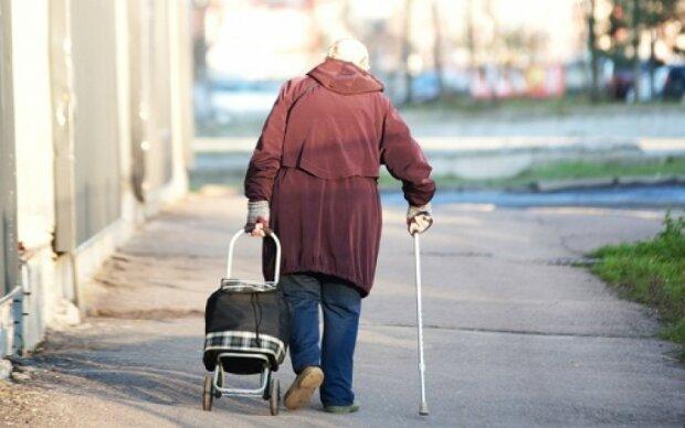 Пенсионерка, фото из открытых источников