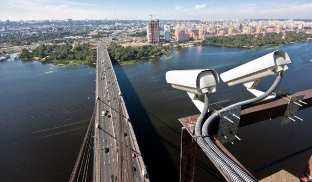 Президент разрешил фото- и видеофиксацию нарушений правил дорожного движения
