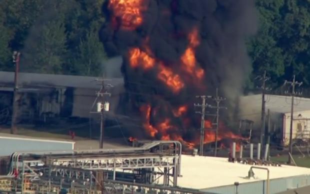 Адское пламя и десятки пострадавших: на заводе прогремел взрыв