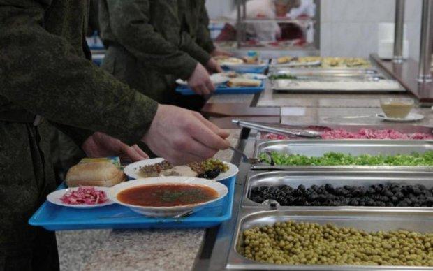 Яка гидота: фото обіду захисників України налякало соцмережі