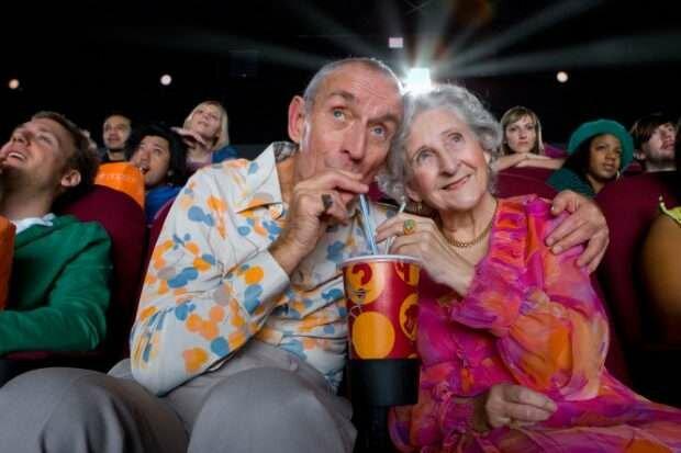 Дать фору молодым: львовских пенсионеров приглашают на дискотеку