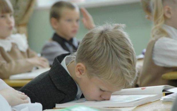 Расписание для школьника: как правильно просыпаться и когда делать домашнее задание