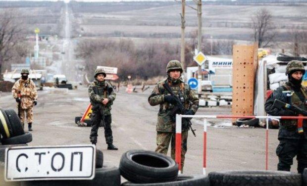 В Донецке придумали,  как зарабатывать на пропусках из зоны АТО