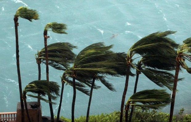 Бермуди накриє найпотужніший ураган