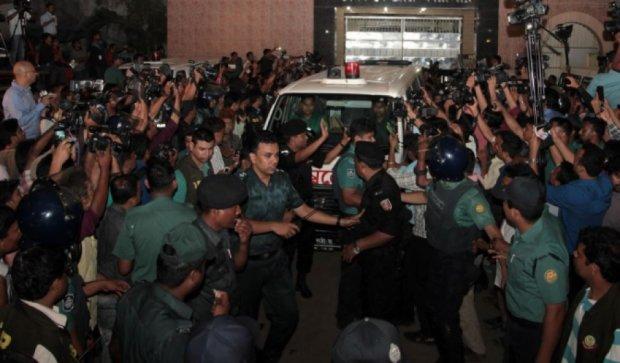 В Бангладеш казнили оппозиционеров и готовятся к беспорядкам