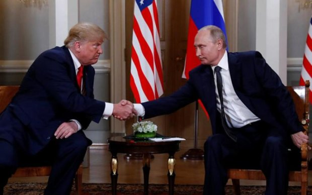Путин сделал подарок Трампу. Тот его выбросил