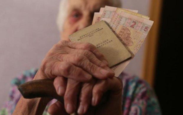 В Кабмине рассказали, кто из пенсионеров останется с носом