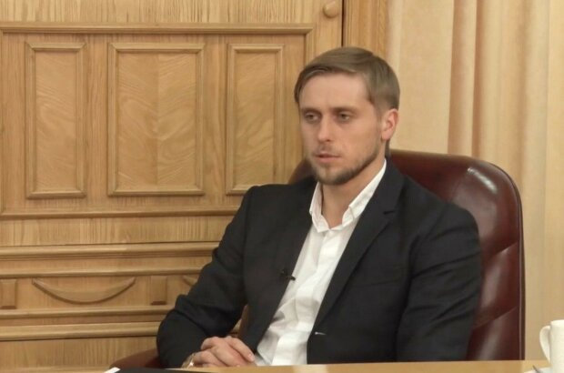 Губернатор Дніпропетровщини Бондаренко переплюнув колег космічною зарплатнею - дніпряни, нерви в консерви