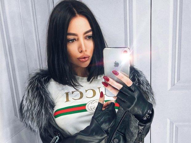 Альона Омович