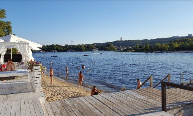 Топ-5 кращих пляжів Києва: де покупатися та кайфонути під літнім сонцем