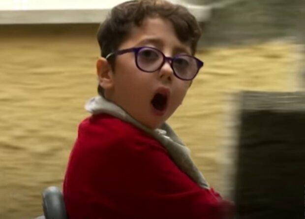 Семирічний хлопчик з ДЦП  надихнув своїм прикладом мільйони: другий Нік Вуйчич, ніколи не здається