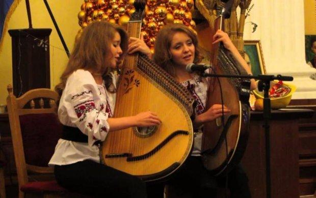 Колоритні українки зачарували поляків віртуозною грою