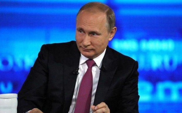 Росіяни назвали улюбленого лідера. Путін розчарований