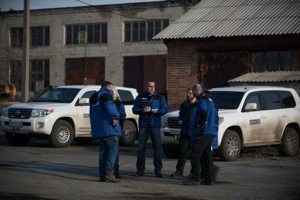 Найманці Путіна на Донбасі розстріляли дитину на очах у матері: термінова заява ОБСЄ