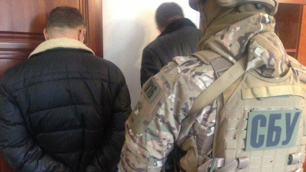 """Фальшивый СБУшник собрал 100 тысяч """"пожертвований"""" для украинских воинов: подробности"""