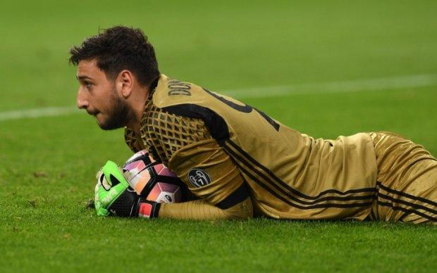 Манчестер Сити готов побить трансферный рекорд, купив молодого вратаря Милана