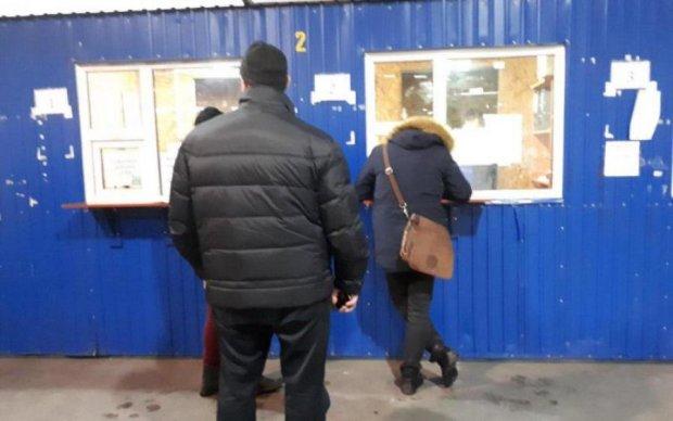 """Обещанного три года ждут: доставка от """"Мист Экспресс"""" бьет рекорды"""
