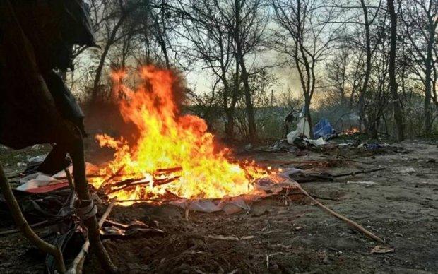 """""""Мамині радикали"""" влаштували вогняні ігрища на Лисій горі: фото"""