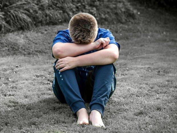 Під Києвом напівголий малюк втік з дитячого будинку: прикмети і фото