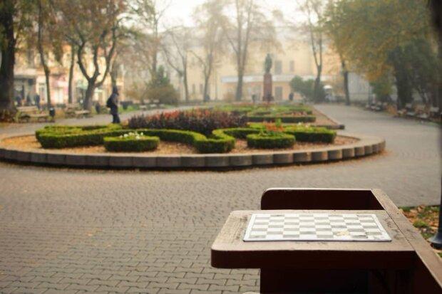 """Франківськ, зустрічай перші заморозки: синоптики здивували """"зимовим"""" прогнозом на 30 жовтня"""